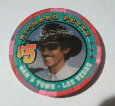 2000 Sams Town Casino Las Vegas $5.00 Richard Petty Chip Great For Collection!
