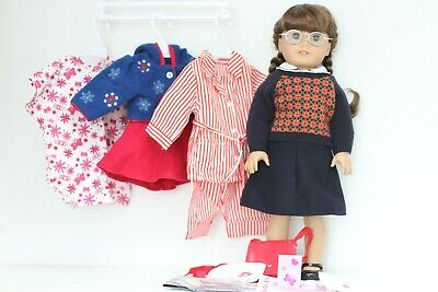 Retired American Girl Molly McIntire Doll Collection/Lot Original Outfits