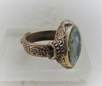 Superb Late Medieval Islamic Gold Gilded Ring Agate Stone Scorpion Intaglio Seal