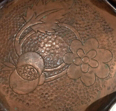 Arts & Crafts Flower Engraved Copper Tray Dish Scallop Edge Baize Underside 9.5""
