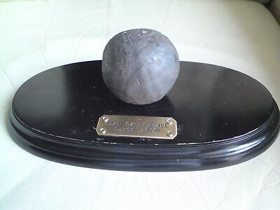 antique Lead cannon ball  approx 24 CMS AROUND MIDDLE,CIRCA 1650 ON PLINTH,