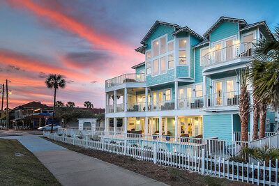 7 Nights: Turquoise by the Gulf Home by RedAwning ~ RA133829