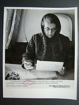 Glossy Press Photo India's Prime Minister for 39 years Indira Gandhi #2