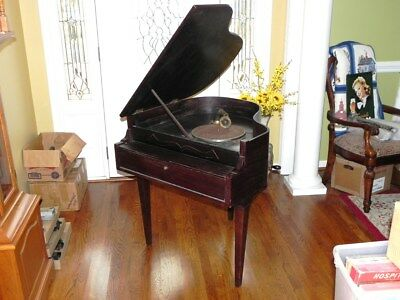 Rare Antique Wind Up Phonograph in the form of a Grand Piano, Works, Beautiful
