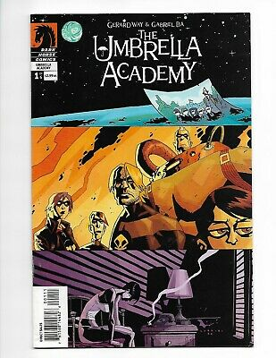 The Umbrella Academy 1 2 3 4 5 6 Apocalypse Way Dark Horse Netflix full run