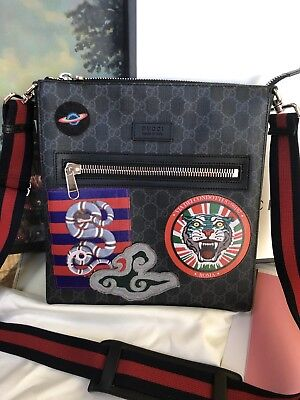 aee0772b95d25 Gucci  1.3K Night Courrier Supreme Black Messenger Crossbody Bag Snake  Tiger GG