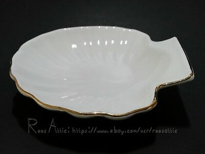 Shell Shaped Porcelain Soap Dish (Set of 6): White with Gold Trim Edges