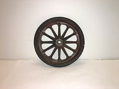 Vintage Antique Wagon Wheel - Early to mid 20th Century