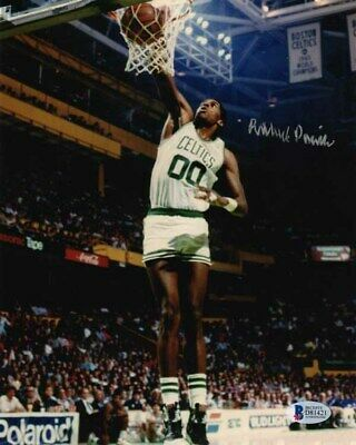 ROBERT PARISH SIGNED AUTOGRAPHED 8x10 PHOTO BOSTON CELTICS LEGEND BECKETT BAS