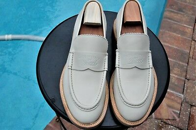 d8c3466dc00 Men s GUCCI Off White color leather Trendy Loafers Sz 9 G  US ...
