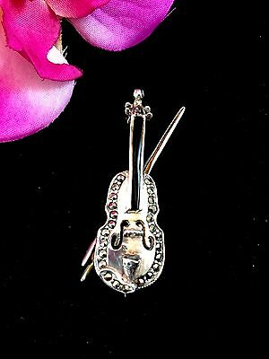 Exquisite Vintage 925 Sterling Silver Marcasite Stones Onyx Violin & Bow Brooch