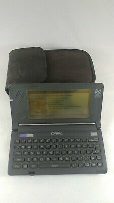 Vintage Compaq C140 Microsoft WinCE PDA Handheld Keyboard with Targus Carry Case
