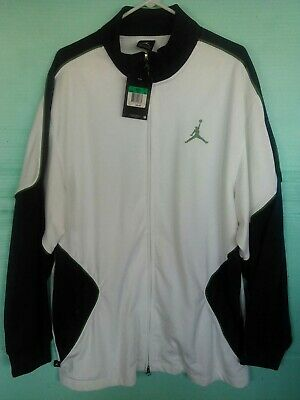 c089ad58af22 Excellent Condition Michael Jordan Mens White   Navy Blue Zip Up Jacket  Size XL