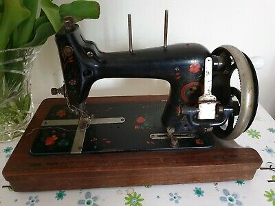 J D Williams Vintage Antique Sewing Machine Hand Crank Made in Germany