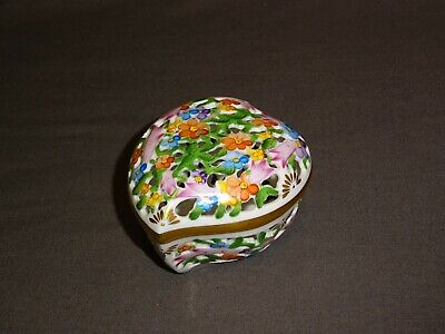 Collectable Hand Painted Herend Hungary Heart Shaped Pierced Trinket Box