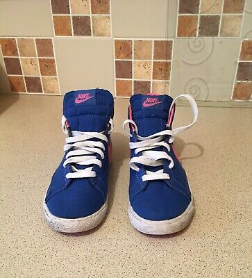 Girls High Top Nike Trainers Size 13.5