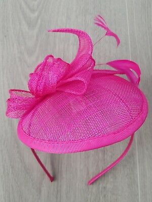 **SALE** Fuschia Sinamay Hatinator Fascinator on alice band.BNWT