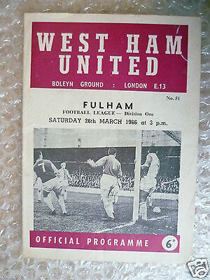 1966 WEST HAM UNITED v FULHAM, 26th March (League Division One Programme)