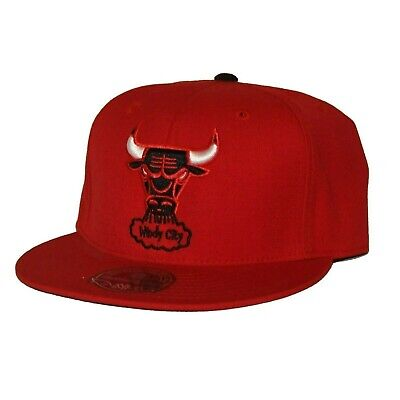 c0208fee006 CHICAGO BULLS GOLD Blue Red Hat with US Flag - Size 7-5 8 - Mitchell ...