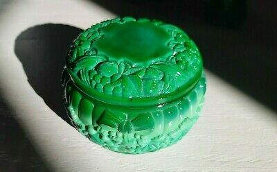 Bohemian Art Deco Vintage Czech Malachite Glass Fruits Jewelry Dose/Jar/Bowl