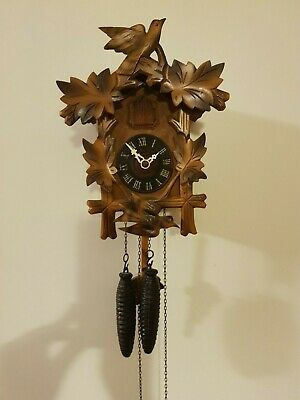 Vintage Black Forest Bird Nest Cuckoo Clock in perfect condition ( around 1960)