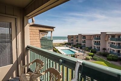 2 Nights: Myrtle Beach Condo by RedAwning ~ RA163649