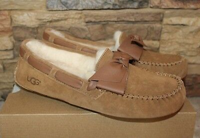 a8d3b2bf7 NIB UGG DAKOTA BOW Leather Suede Shearling Moccasins Slippers CHESTNUT