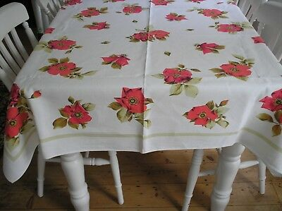 STUNNING  VINTAGE LINEN TABLECLOTH..C1950s..RED ROSES