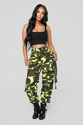 7269dc9b9e5c9 Fashion Nova Women High Waist Neomie Camo Neon Green Cargo Pants XL 2X 2  pair