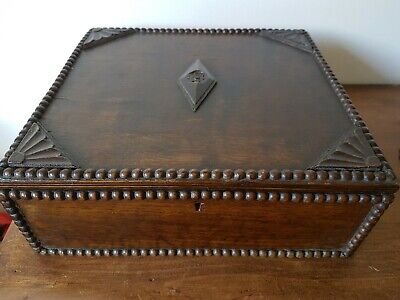 Superb EMPTY VINTAGE ART DECO BEADED WOODEN OAK CUTLERY CANTEEN BOX
