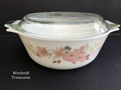 Vintage Pyrex Boots Hedge Rose Large Casserole Dish & Lid - Great Condition