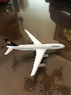HERPA WINGS LUFTHANSA Airlines Airbus A340-200 1:500 Art  Nr