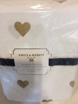 Pottery Barn Kids Emily &  Meritt The Heart Queen Metallic Sheet Set Gold  White