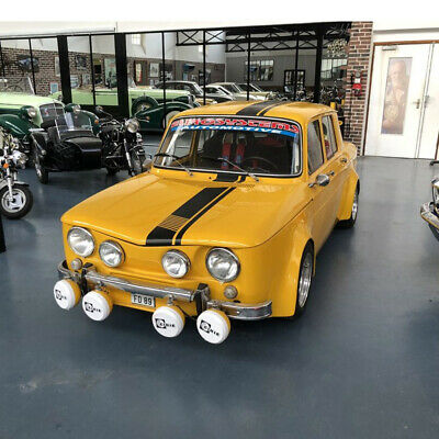 Renault 8 s  R8