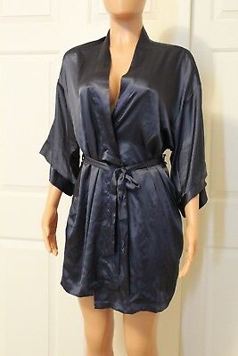NWT Victoria's Secret Sexy Kimono Robe very soft size XS/S (D-781)