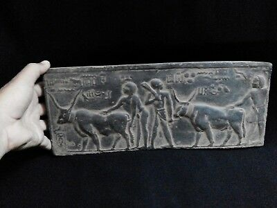 EGYPTIAN ANTIQUE ANTIQUITIES Farmers Plowing Field with Two Oxen 1100-1001 BC