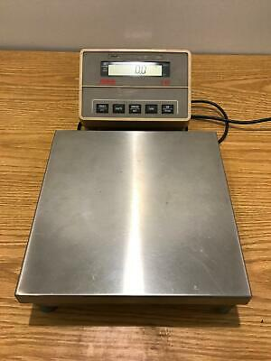 Ohaus I-10 Bench Top Scale