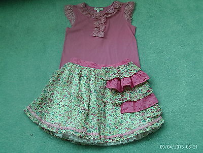Girls outfit - T shirt and matching skirt - pink - age 7-8 years - Feu Follet