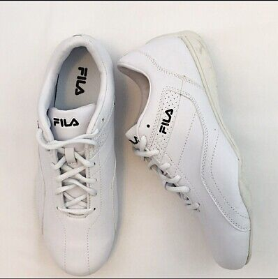 34be7eb2918 Fila Womens Low Top Lace Up Running Sneaker Tennis Shoe All-White Size 10