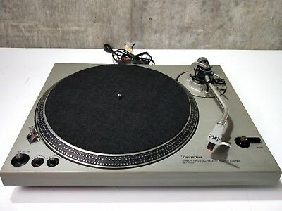 Rare! Technics SL-1700 Vintage Direct Drive Turntable in VG Condition