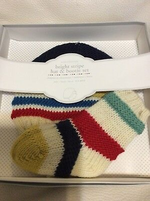 Pottery Barn Kids Luxe Knit Hat /& Bootie Set Gray 0-3 Months Gift Box NEW