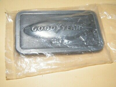 Vtg. Goodyear Blimp 1974 The Goodyear Tire & Rubber Co. Vintage Belt Buckle Nip