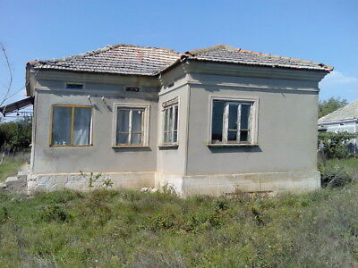 Bulgarian VILLAGE House 25 KM to Balchik Price down from 3200 to 2999 pounds