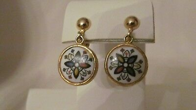 Vintage Gold Tone And Floral Enamel Folk Art Round Dangle  Clip On Earrings