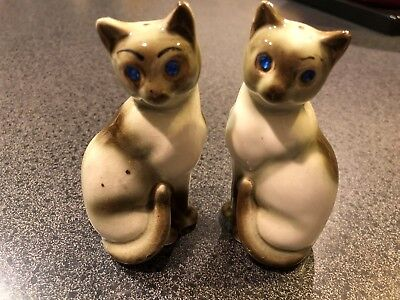 b21bfe1de07d7 VINTAGE CERAMIC SIAMESE Cat Salt And Pepper Shakers With Blue ...
