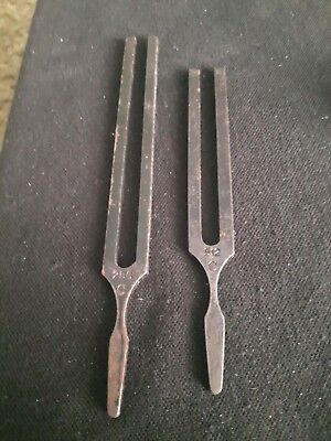 2 TUNING FORKS by Ragg of sheffield C512 and C256 .