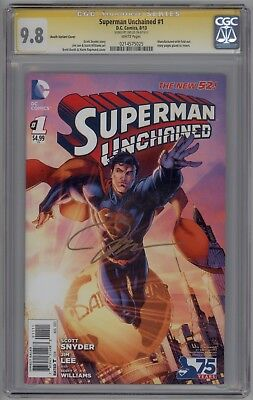 Superman Unchained # 1 CGC SS 9.8 NM/MT Signed by Jim Lee 2013 Booth Variant