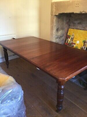 Victorian Mahogany Wind Out Extending Dining table.