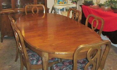 Vintage Duncan Phyfe Style Hardrock Maple Dining Room Table Chairs China Cabinet