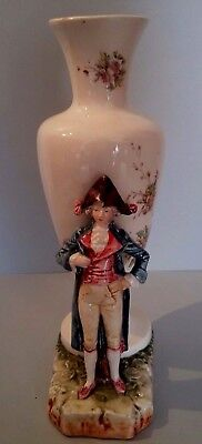 Antique French Majolica vase man with hat Vase en barbotine personnage en relief